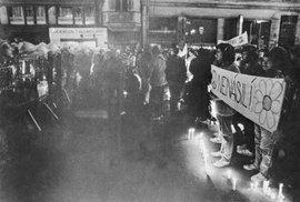 17. listopad 1989 obrazem: Demonstrace na Národní třídě