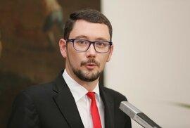 Jiří Ovčáček po článku Hitler je gentleman pátrá doposud marně