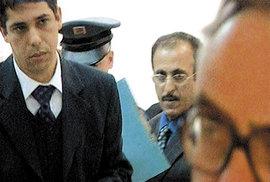 Katarský princ chce po České republice odškodné za to, že byl ve vazbě