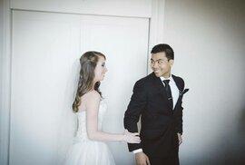 Jenn Carterová a Solomon Chau