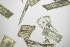 Černé pondělí: Americká burza ztratila 3,5 biliónu korun, rubl a ropa jsou rekordně nízko. Je to vážné?