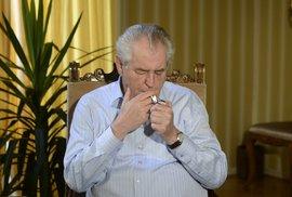 Teror většiny přichází: Zeman podepsal protikuřácký zákon