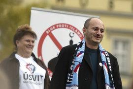 Účel světí prostředky: Konvičkovci se proti muslimům paktují i s Putinovci. A snaží se to zamlžit