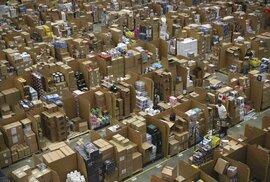 Sklady Amazonu byly na nákupy v rámci Black Friday připraveny už včera