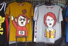 V Asii si s Hitlerem a nacistickými symboly hlavu nelámou. Zboží jako zboží
