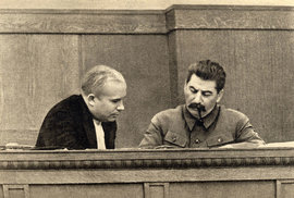 Chruščov a Stalin v roce 1936