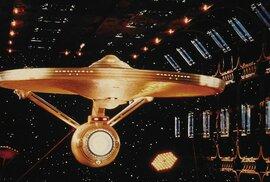 Seriálová nálož: Nový Star Trek, vzkříšení Winony Ryderové a návrat Jesseho z…
