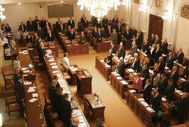 Čeští poslanci komplikují uprchlickou dohodu s Tureckem. Bojí se teroristů