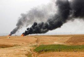 Bombardování funguje, Islámskému státu se prudce propadly příjmy z ropy