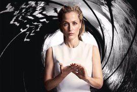 Gillian Andersonová jako agent Bond?