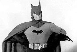 Batman v seriálu z roku 1943 a v letošním Batman v. Superman.