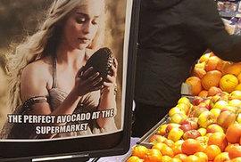 Prostě nejlepčí avokádo. Doporučuje i Daenerys za bouře zrozená, Nespálená, Matka draků, královna Andalů, Rhoaynů a Prvních lidí, Khaleesi, Mhysa, Stříbrná paní, Lamačka řetězů, královna Meereenu a princezna Dračího kamene.