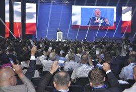 Bůh. Čest. Vlast. Polsko je zemí s vizí. Hlavně to venkovské