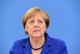 """V Evropě je stále opuštěnější, ale """"máma"""" Merkelová jde opět do toho, chce být pořád kancléřkou"""