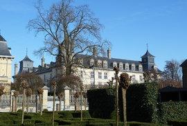 Další útok proti duchovnímu v Evropě. Belgického kněze pobodal údajný žadatel o azyl