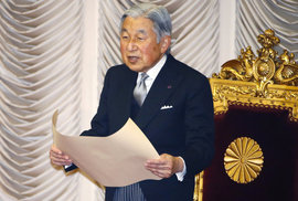 Japonský císař Akihito přiznal obavy z přibývajících zdravotních potíží