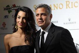 Manželka George Clooneyho chce dostat před soud členy IS. Obhajuje jejich bývalou…