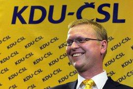 Předseda KDU - ČSL Pavel Bělobrádek může slavit. Jeho strana bude mít po letech zastoupení ve Sněmovně
