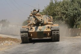 Válka Švejků: NATO (včetně Česka) vyzbrojuje Kurdy, Turecko (člen NATO) na ně útočí