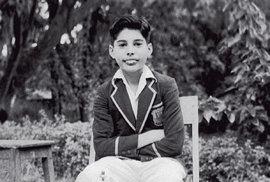 Největší  zpěvák  oddob Elvise  se narodil  před sedmdesáti  lety