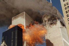 Do obou věží WTC narazila letadla