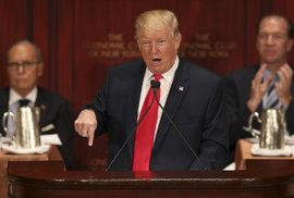 Trump se odvrací od republikánů, bojovat prý bude po svém
