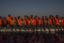 Kromě italské pobřežní stráže pomáhají do bezpečí migrantům z Libye i Španělé