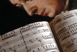 Wolfgang Amadeus Mozart a část jeho partitury k opeře Don Giovanni.
