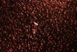 Demonstrace na Staroměstském náměstí 28. října.