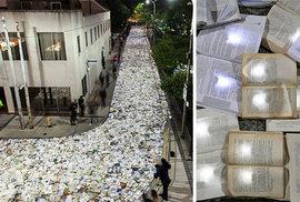 10 tisíc knih zaplavilo ulice. Torontem se prohnala řeka literatury