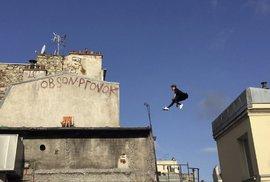 Šokující video My Little Paris od François Peyranne