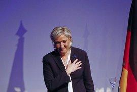 Marine Le Penová na konferenci krajní pravice v Koblenzi (21. 1. 2017)