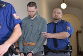 Čech, který chtěl bojovat za Islámský stát, dostal 3 roky vězení. Znovu by to prý neudělal