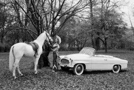 Legendární fotografii vozu Felicie s miss USA bude již šedesát let. Podívejte se