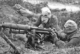 K prvnímu bojovému použití otravných látek došlo 22. dubna 1915.