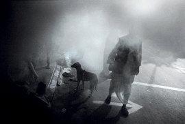 Snímek Garyho Knighta, který je členem VII Photo Agency, stejně jako ostatní autoři snímků.