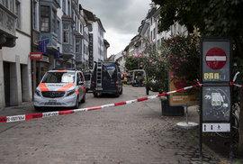 Ve Švýcarsku útočil muž s motorovou pilou