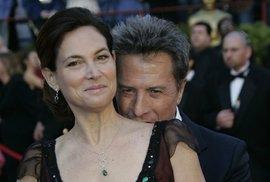 Dustin Hoffman s manželkou