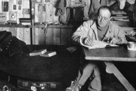 Neuvěřitelný příběh 106 let starého dortíku. Na Antarktidě byl objeven koláč polárníka Roberta Scotta