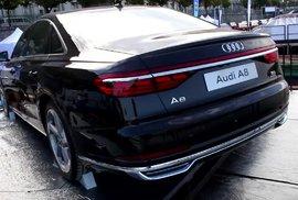 Nové Audi A8, Mustang nebo Kia Stonic. Podívejte se na největší hvězdy výstavy Auta na Náplavce
