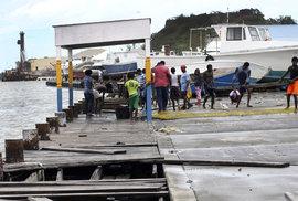 Hurikán Irma devastoval ostrovy v Karibiku. Postiženy byly tisíce lidí.