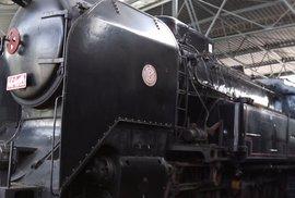 """Pohnutý osud slavné """"ušaté"""" lokomotivy. Zahrála si s Oldřichem Novým a její výrobu stopl Hitler"""