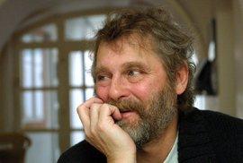 Zemřel spisovatel Petr Šabach, autor námětů k Pelíškům a Pupendu