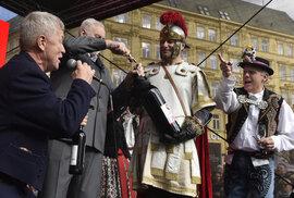 Poustevník, biskup, Maďar a ikona. Kdo byl svatý Martin, kvůli němuž dnes pečeme husu?