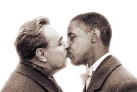 Polibek Brežněva s Obamou