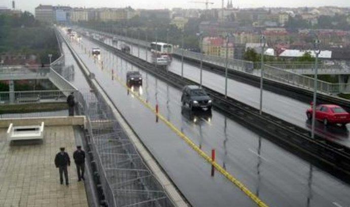 Nuselský most, pražská magistrála