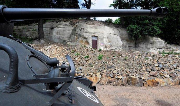 Původní německý kryt na půdě plzeňské zoologické zahrady