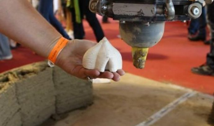 3D tisk bahnem, budoucnost stavebnictví?