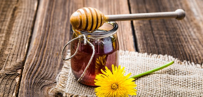 Vitamíny z přírody: pampeliškový a sedmikráskový med