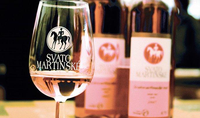 80 procent zákazníků hypermarketů Globus dává přednost Svatomartinskému vínu před beaujolais.